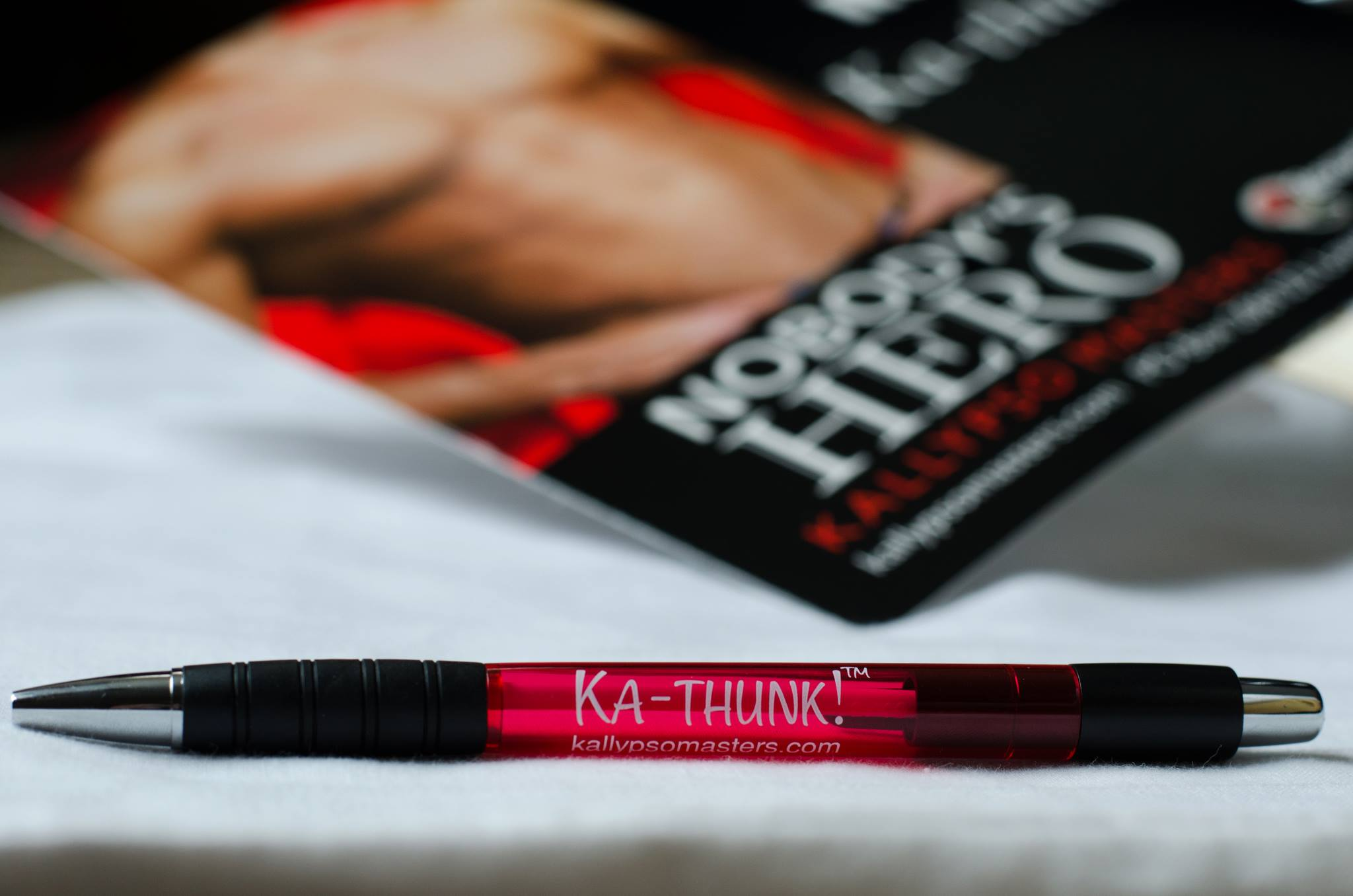 Ka-thunk pen and fan swag